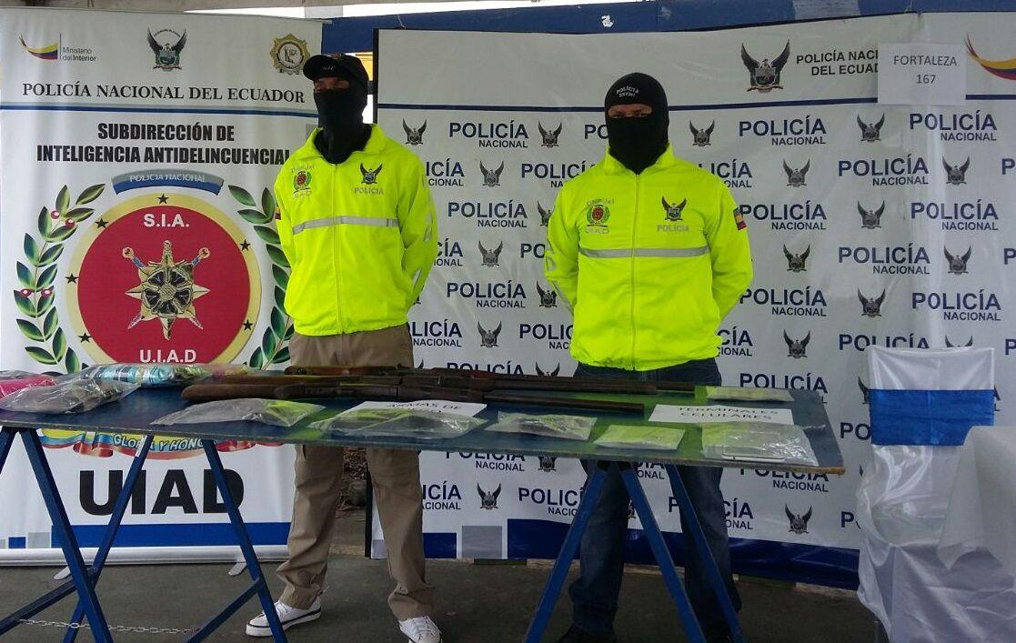 Photo of Presuntos ꞌsacapintasꞌ fueron detenidos en Santo Domingo