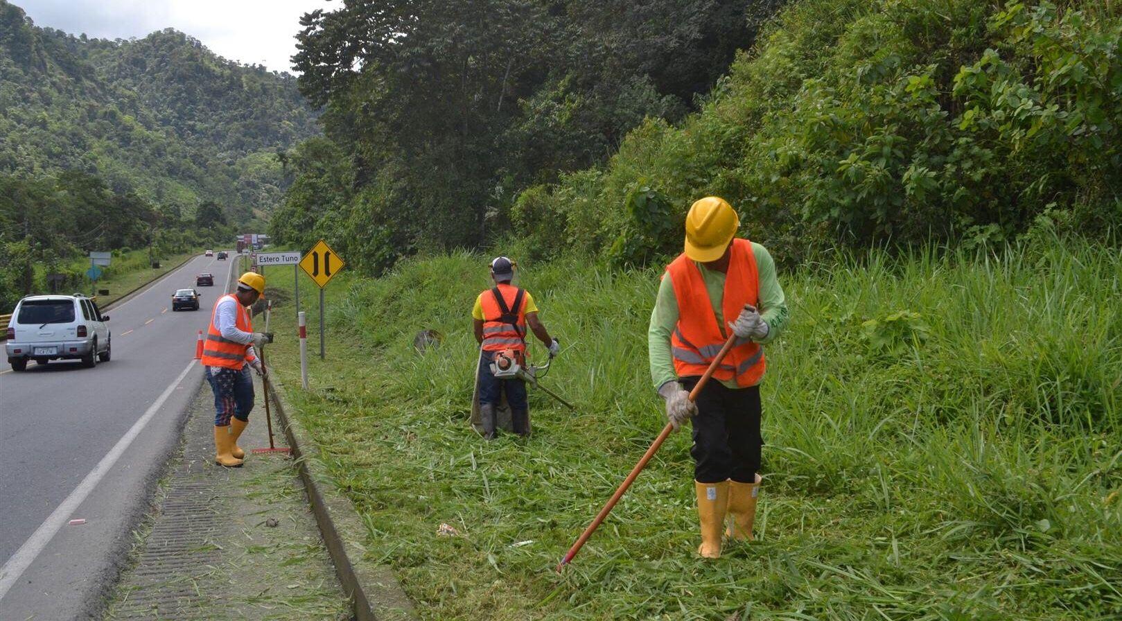 Photo of Limpieza de vía desde Unión del Toachi hasta Santo Domingo