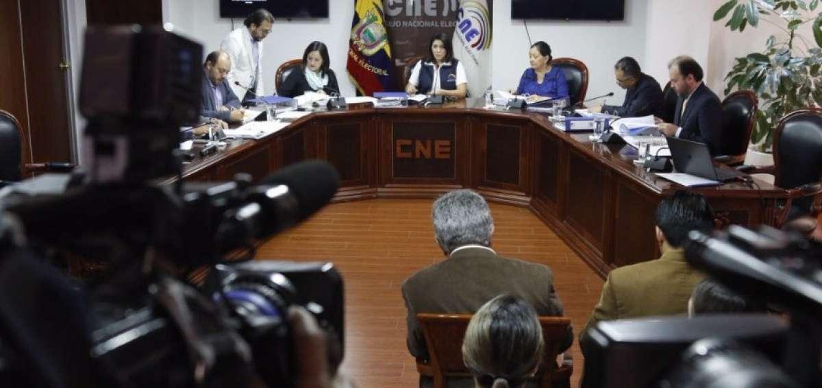 Photo of Consulta popular será el 4 de febrero