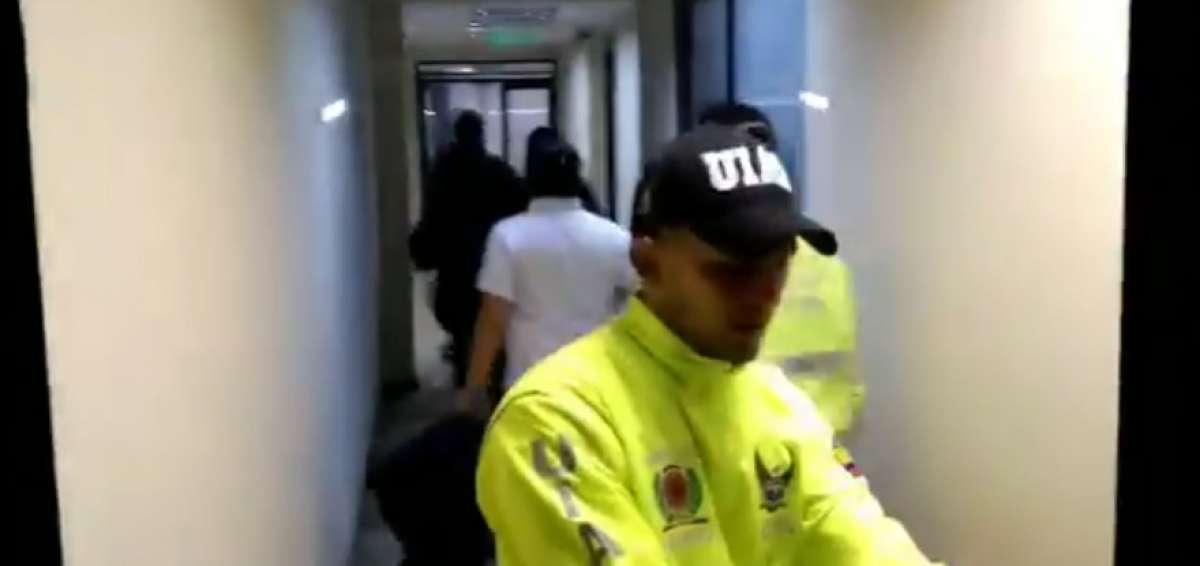 Photo of Ocho detenidos en el Municipio de Quito por presuntos actos de corrupción