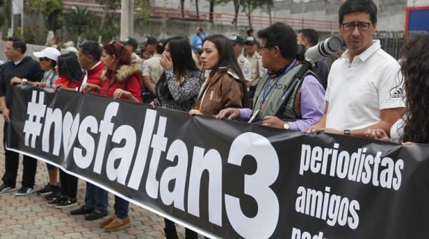 Photo of Se conoce primera prueba de supervivencia de periodistas ecuatorianos secuestrados
