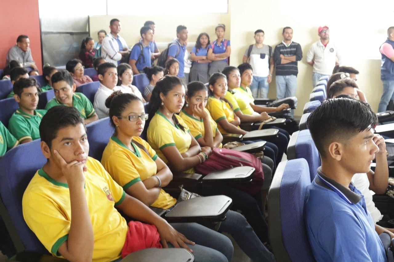 Photo of Estudiantes de agropecuaria se capacitarán en la Empresa de Rastro