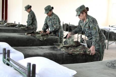 Photo of Cientos de mujeres acuden al servicio militar voluntario