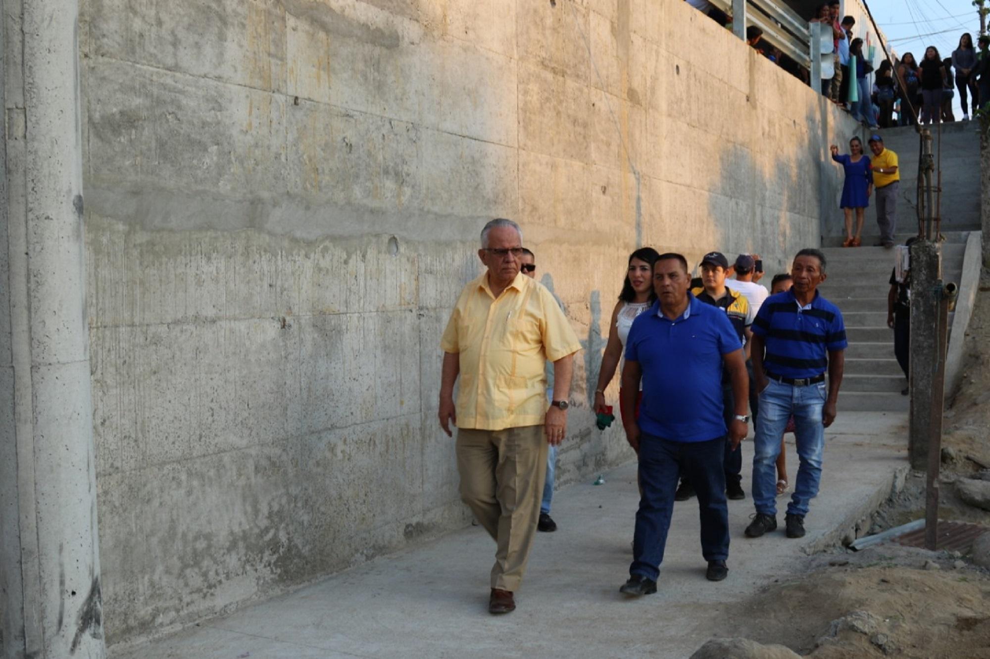 Photo of Muro de contención costó 127 mil dólares