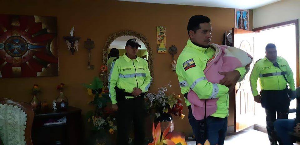 Photo of Ubican en Cuenca a bebé de madre que fue asesinada en Guayaquil