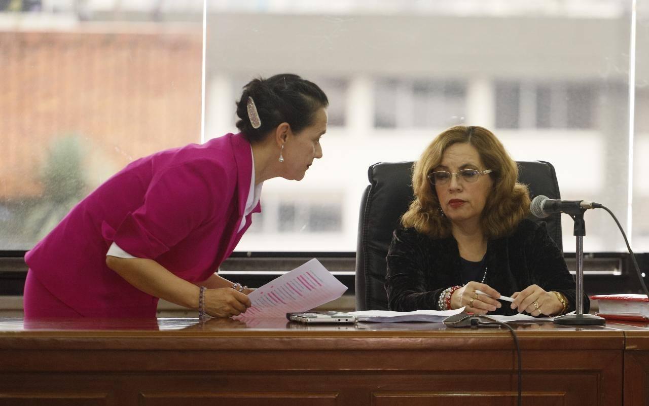Photo of Jueza determinará hoy si llama a juicio a Rafael Correa y a 24 procesados por caso sobornos