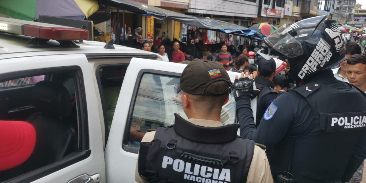 Photo of Dos detenidos por especulación de precios en Santo Domingo