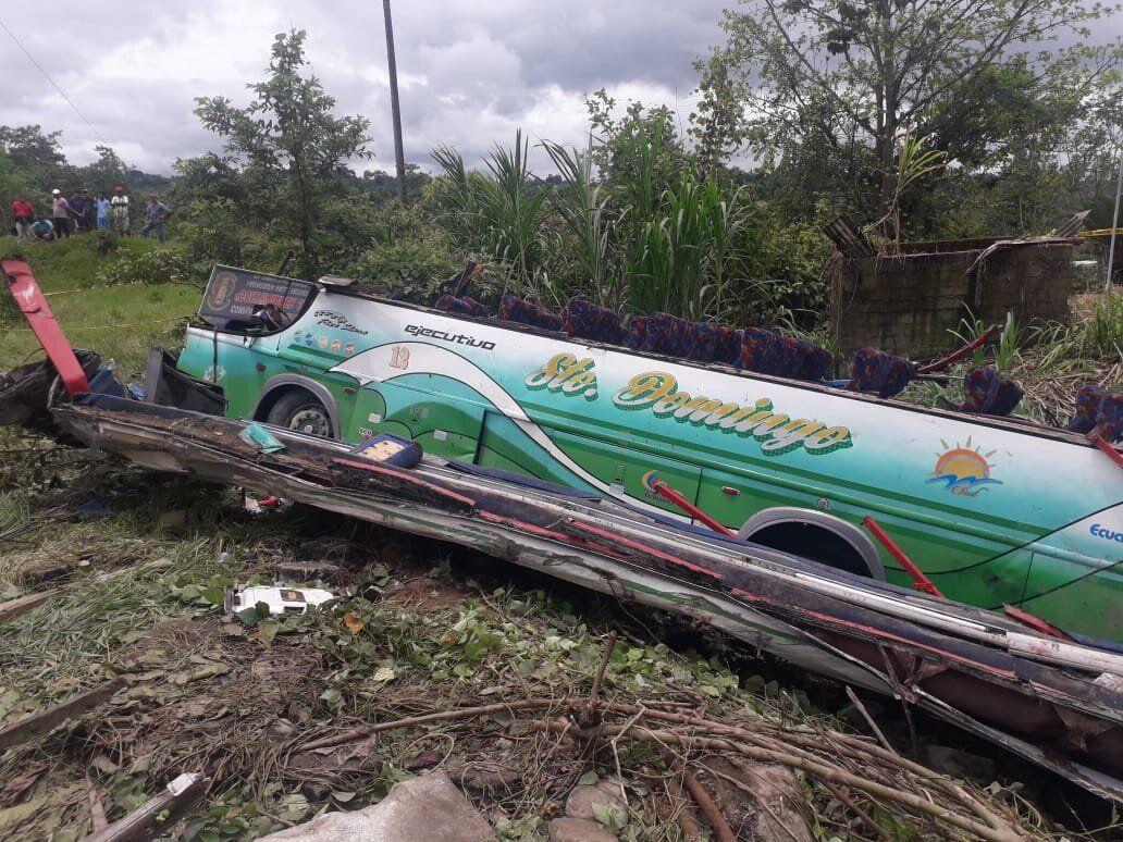 Photo of 7 muertos en accidente de bus interparroquial
