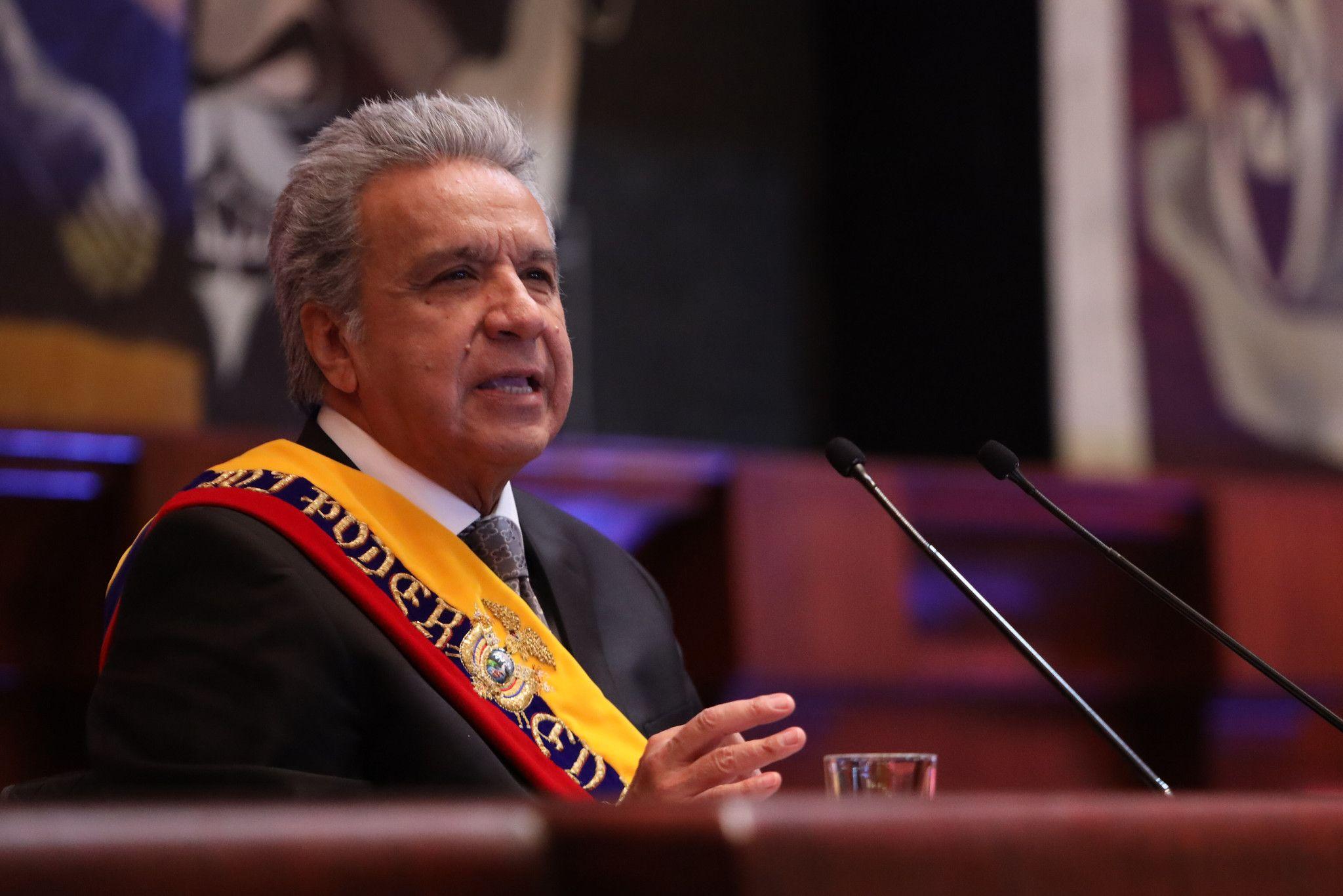 Photo of Solo el 2% de la población cree que Lenín Moreno manejó muy bien la crisis sanitaria