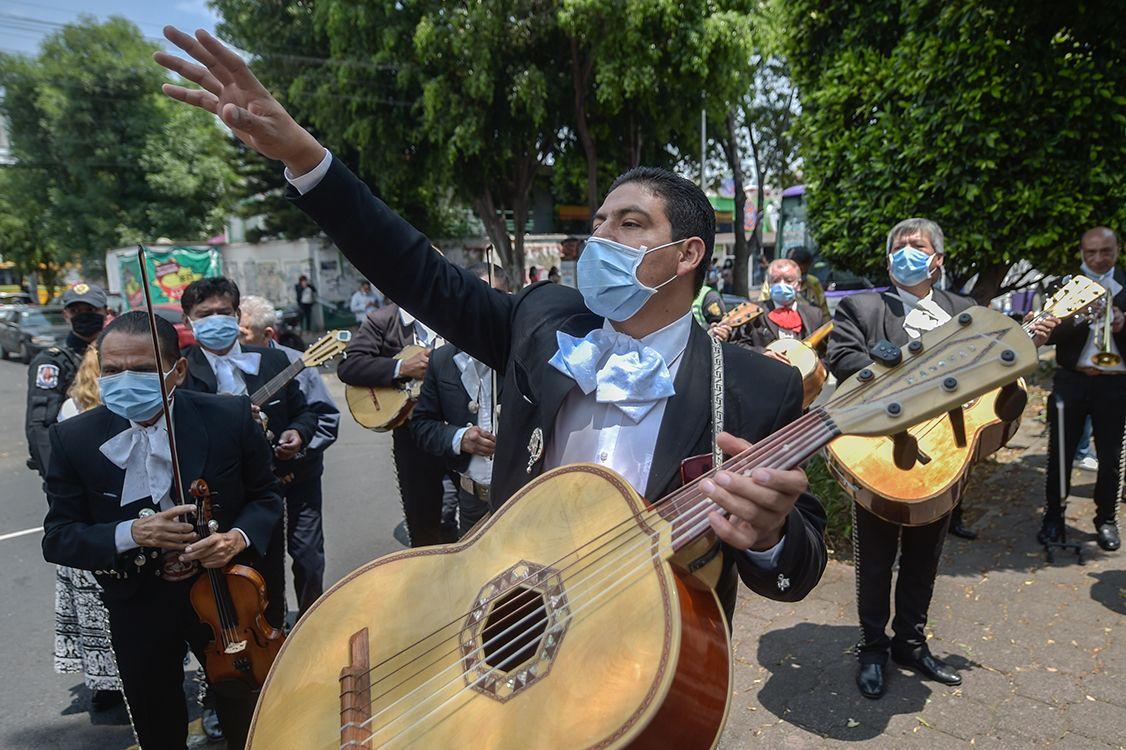 Photo of Autorizan serenatas por el Día de la Madre