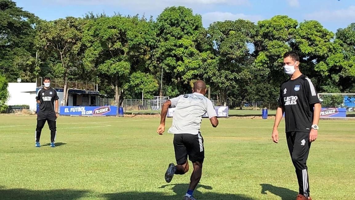Photo of COE Nacional suspende entrenamientos del deporte profesional por desacato