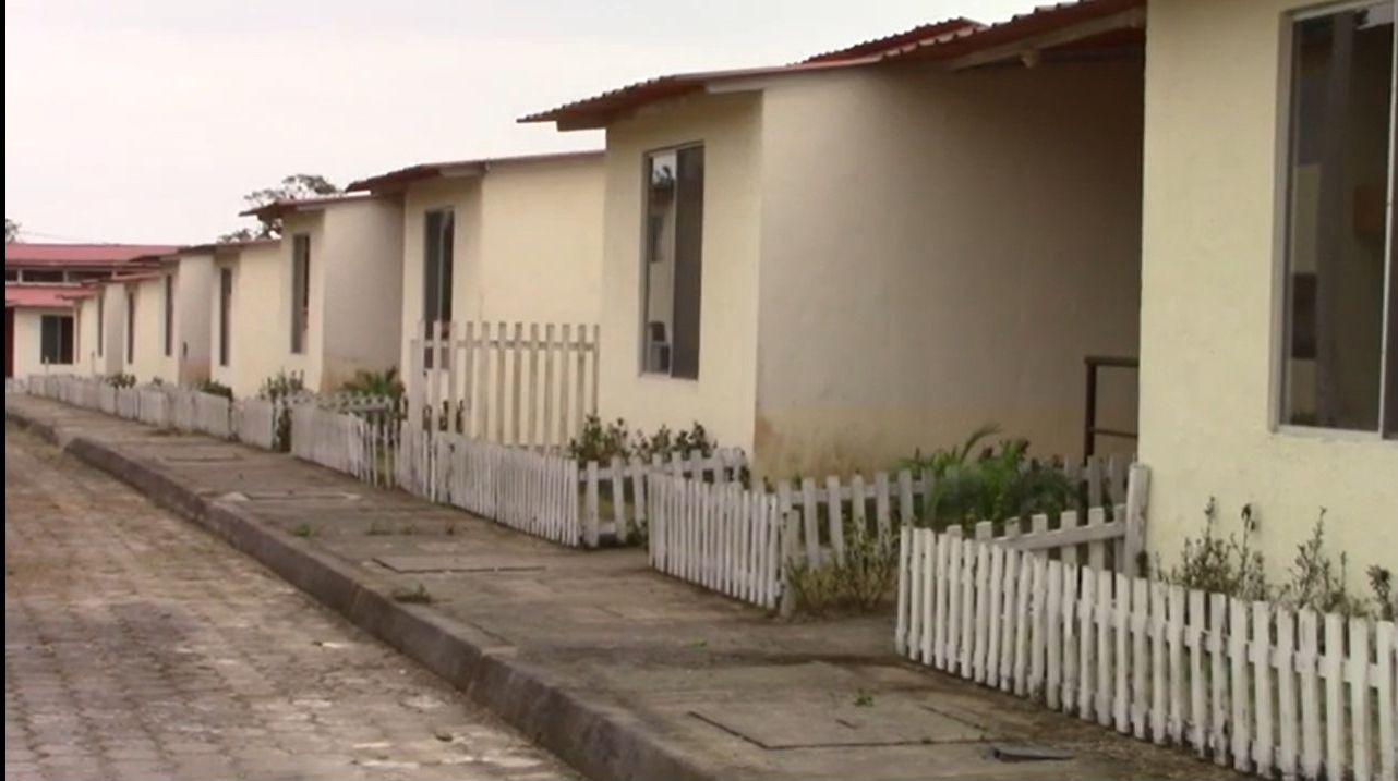 """Photo of Ministro de vivienda constató avances en proyecto """"Casa para todos"""""""