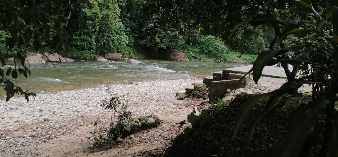 Photo of Retiran basura del río El Poste