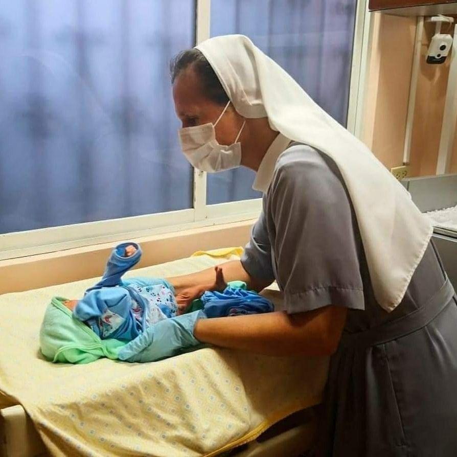 Photo of Buscan a familia de bebé que fue abandonado